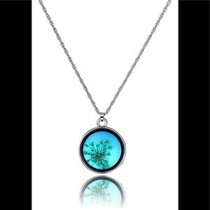 Glowing Power Pendant Necklace Glow in the Dark